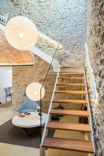 escaleras de madera rusticas para interior
