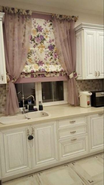 fotos de tipos de cortinas para cocina