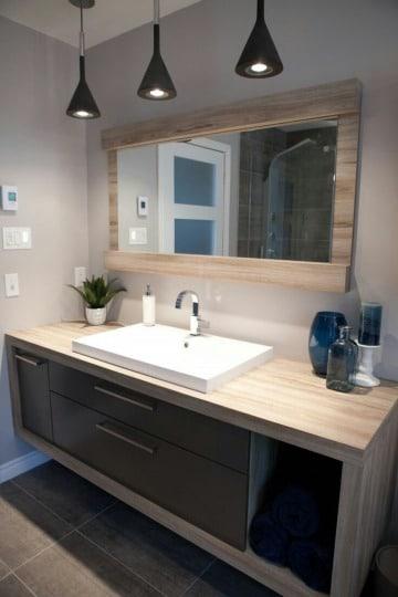 imagenes de espejos de madera para baños