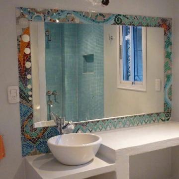 imagenes de espejos decorados para baños