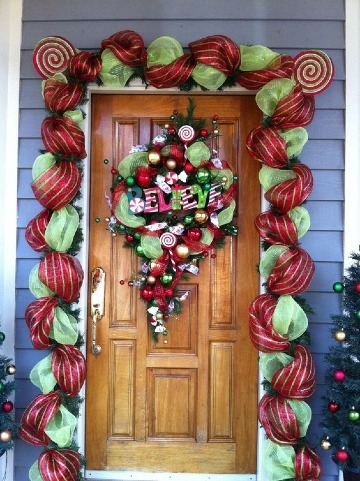 arreglos de navidad para puertas de entrada