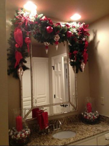 baños decorados de navidad pequeños