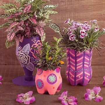 como hacer floreros con material reciclado