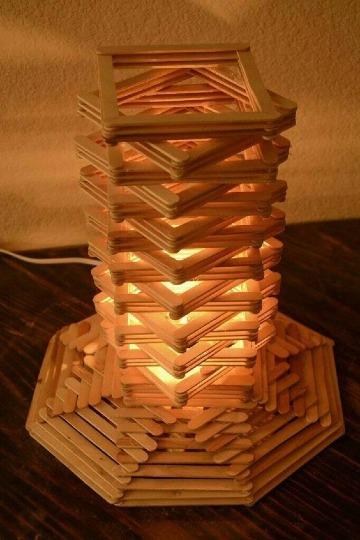 como hacer lamparas con material reciclado