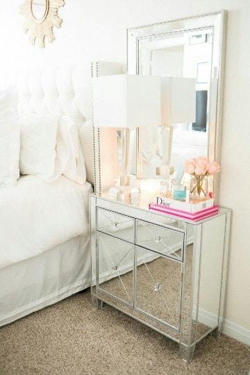 modelos de mesas de noche con espejo