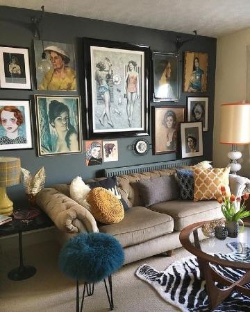 paredes decoradas con cuadros modernos