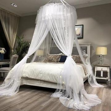 camas con cortinas romanticas modernas