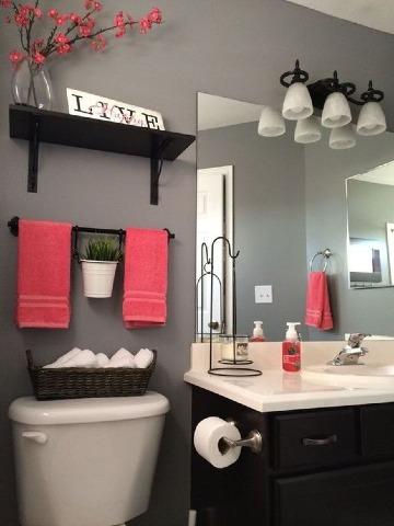 elegante decoracion de baños pequeños