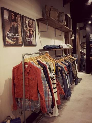 imagenes de tiendas de ropa clasica