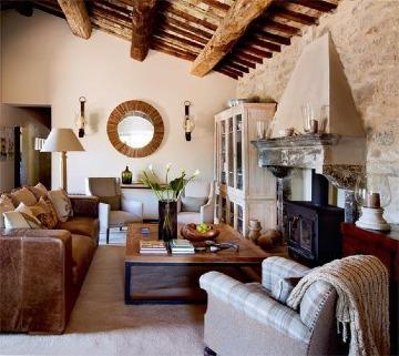 casa con decoracion toscana italiana