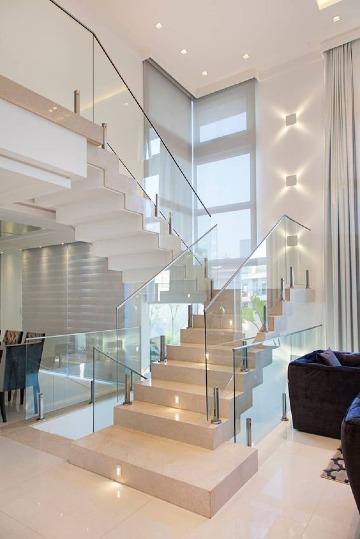 imagenes de escaleras para casas de 2 pisos