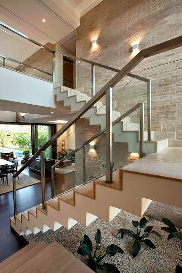 modelos de escaleras para casas de 2 pisos