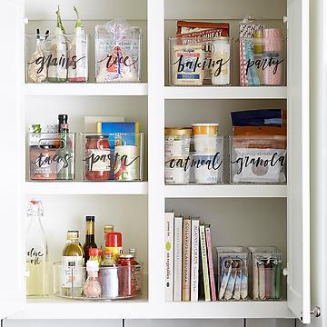 como organizar los muebles de la cocina reciclando