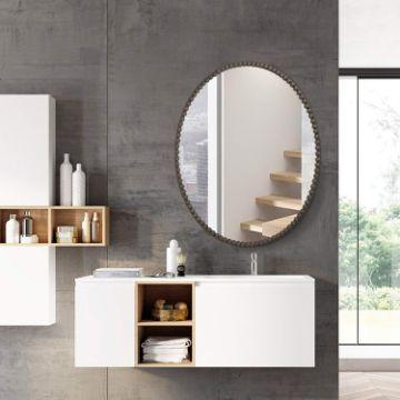 habitaciones con espejos en la pared ovalados