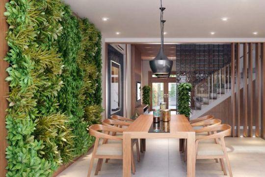 casas con jardin interior en paredes