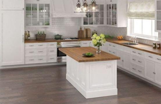 cocinas pequeñas con isla blanca