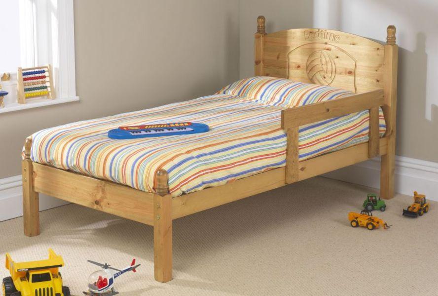 camas de madera para niños con protectores