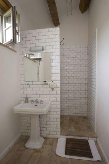 decoracion de baños sencillos y pequeños muros