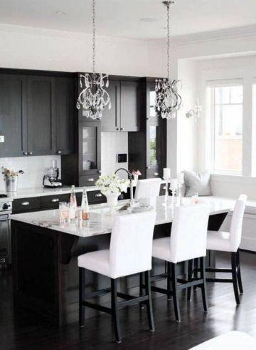 cocinas negras con blanco elegantes