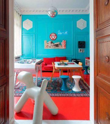 decoracion azul turquesa y rojo artisticas