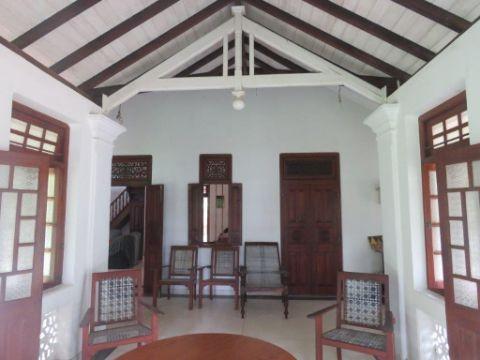 casas coloniales antiguas grandes techos