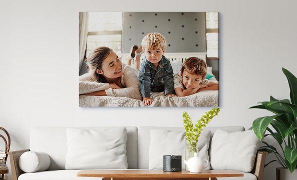 decoracion con cuadros para sala de la familia