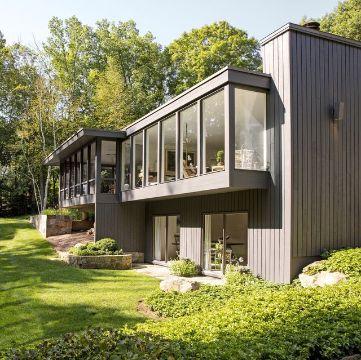 fachadas bonitas de casas pequeñas entradas de luz