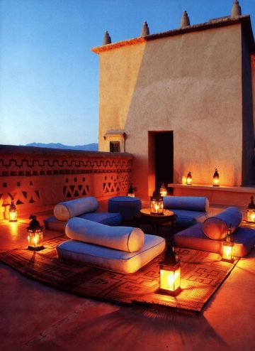 decoracion de terrazas exteriores basadas en medio oriente