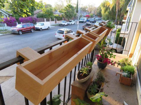 maceteros de madera para terraza colgantes