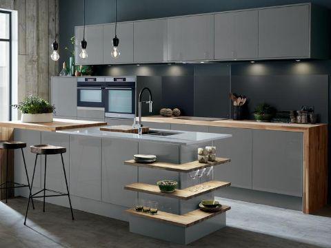 barras de cocina de madera con repisas