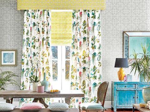 diseños de cortinas para salas frescas