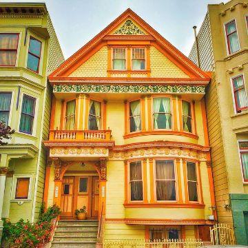 exteriores de casas pintadas naranja y calidos