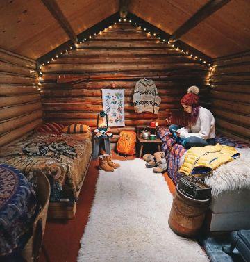 interiores de cabañas pequeñas recamaras