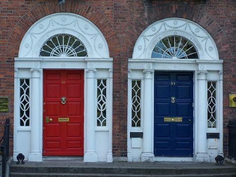 como pintar una puerta de madera estilos