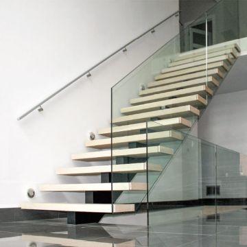escaleras para segundo piso barandal de cristal