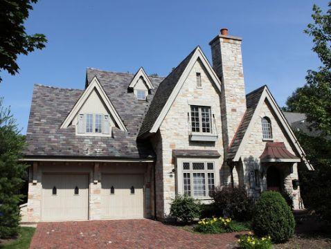casas estilo ingles antiguo con laja