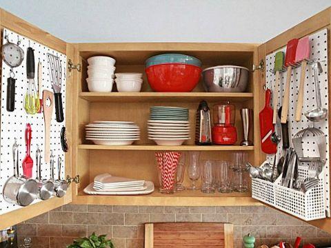 como organizar la cocina pequeña anaqueles