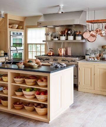 como organizar la cocina pequeña con barras funcionales