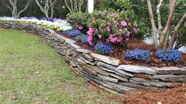 decoracion de jardines con piedras y plantas adoquines de grava
