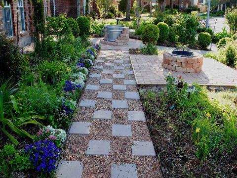 decoracion de jardines con piedras y plantas piso cuadriculado