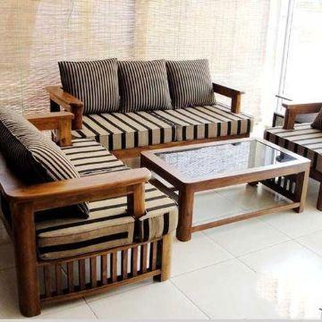 salas de madera con cojines rusticas
