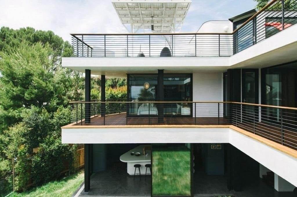 balcones modernos de concreto en todo el piso