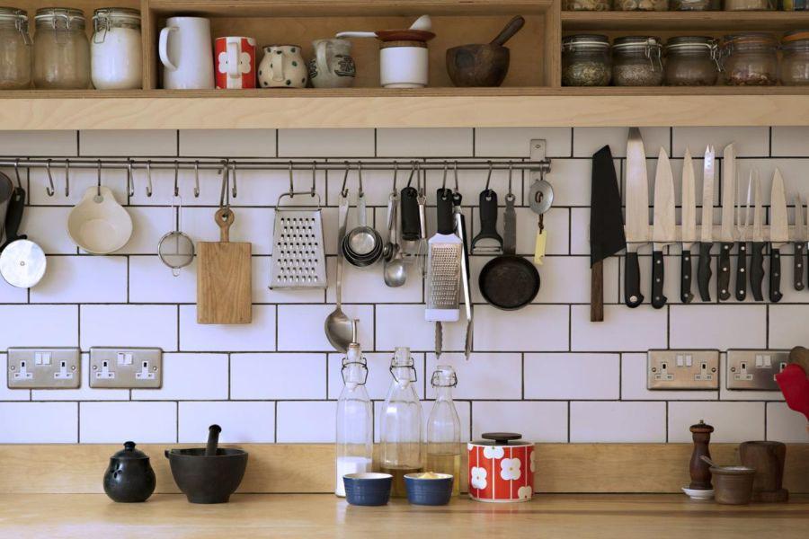 como ordenar mi cocina en los muros
