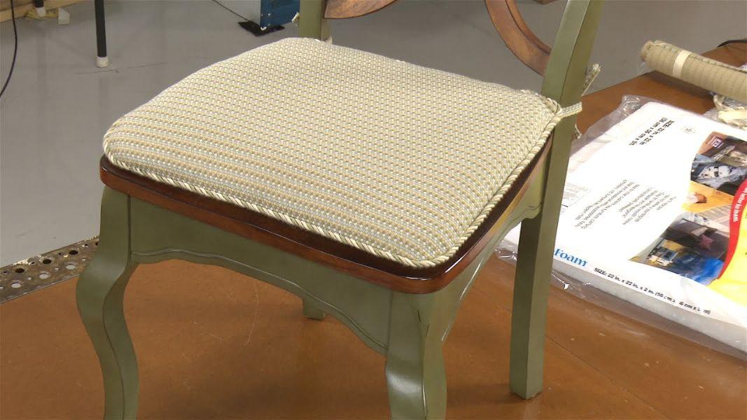 cojines para sillas de madera tejidos