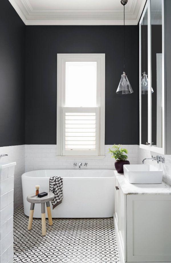 colores oscuros para cuartos de baño