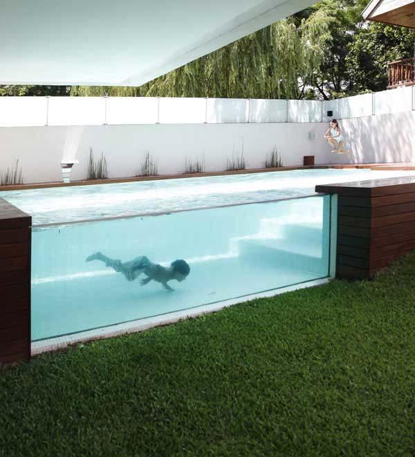 piscinas pequeñas en casa con cristal