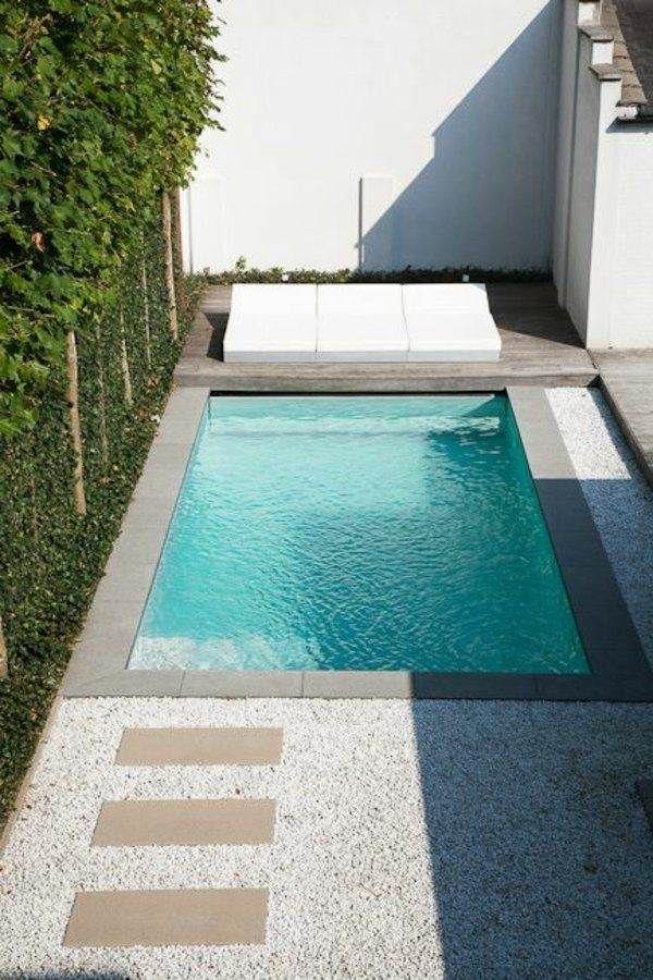 piscinas pequeñas en casa en patios traseros