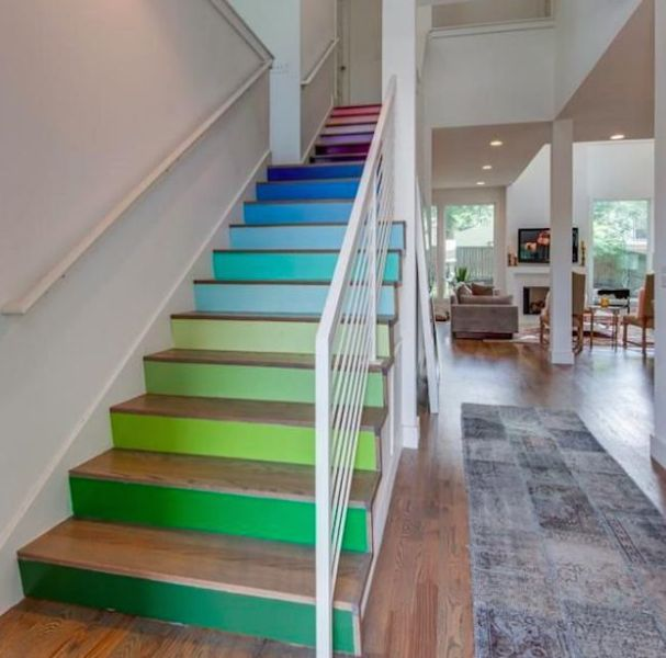 tipos de escaleras para casas escalones de colores