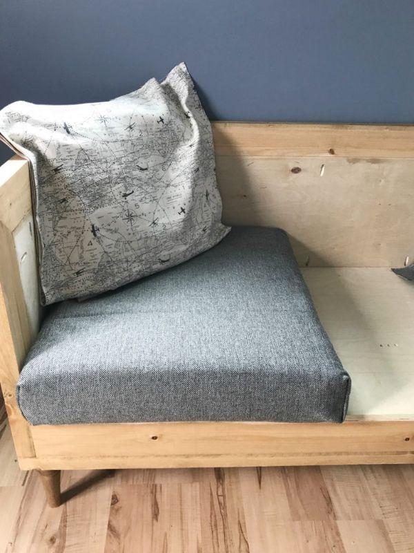 almohadones para sillones de madera combinaciones