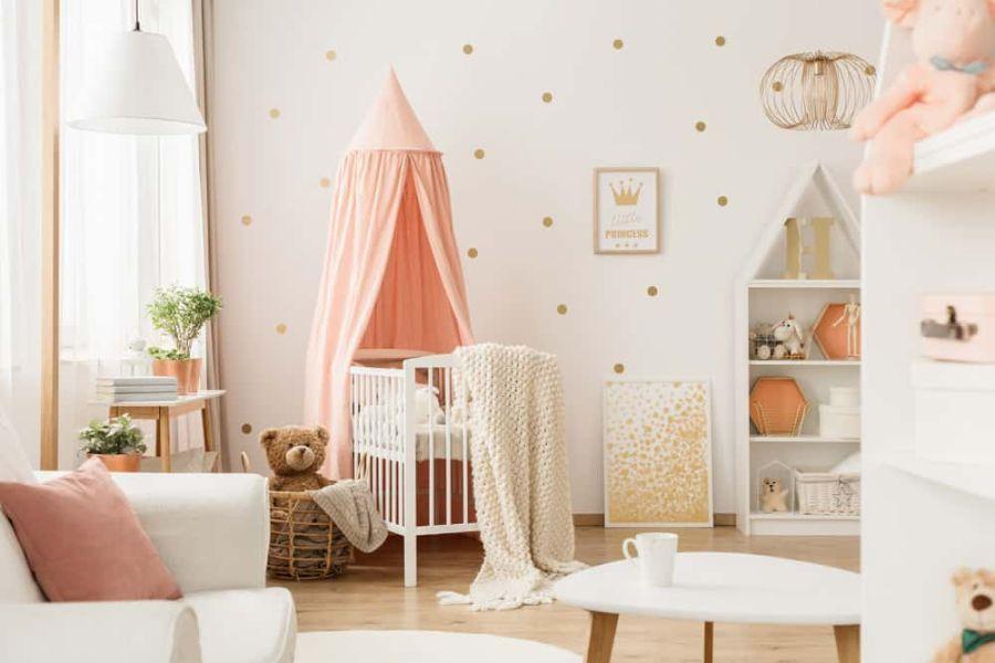 cuartos para niña bebe paredes a lunares